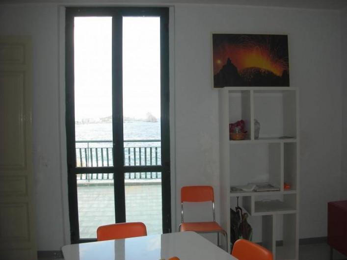 Location de vacances - Villa à Aci Castello - Salle à manger-terrasse