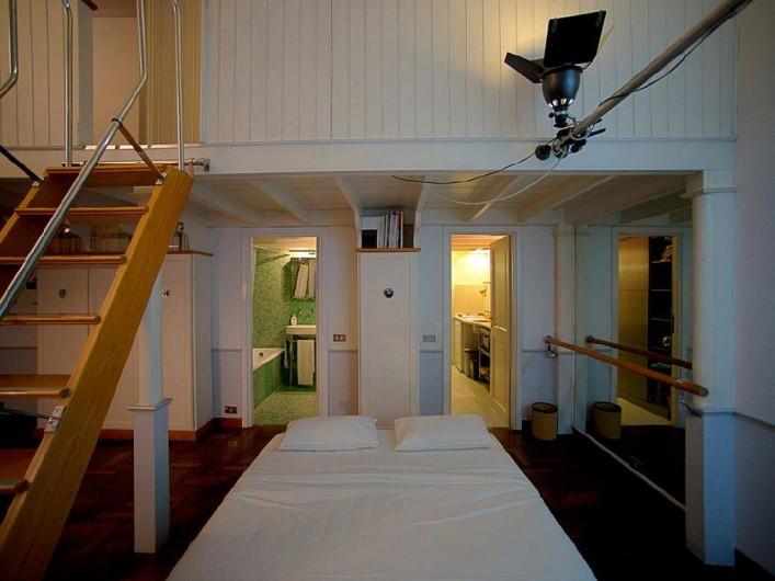 Location de vacances - Studio à Rione III Colonna - le canapé transformé en un lit double en bas