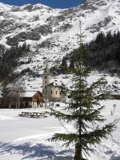 Location de vacances - Chalet à Champagny-en-Vanoise - Champagny le Haut l'église aux portes du Parc National de la Vanoise