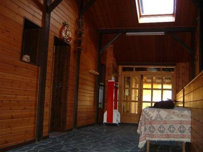 Location de vacances - Chalet à Champagny-en-Vanoise - Sas d'entrée très pratique pour déposer skis, bâtons et chaussures