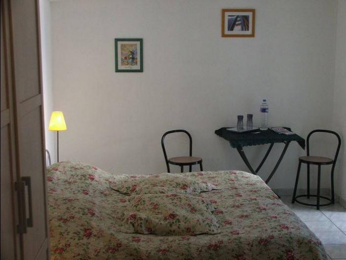 Location de vacances - Chambre d'hôtes à Trépied - CHAMBRE CÔTE JARDIN