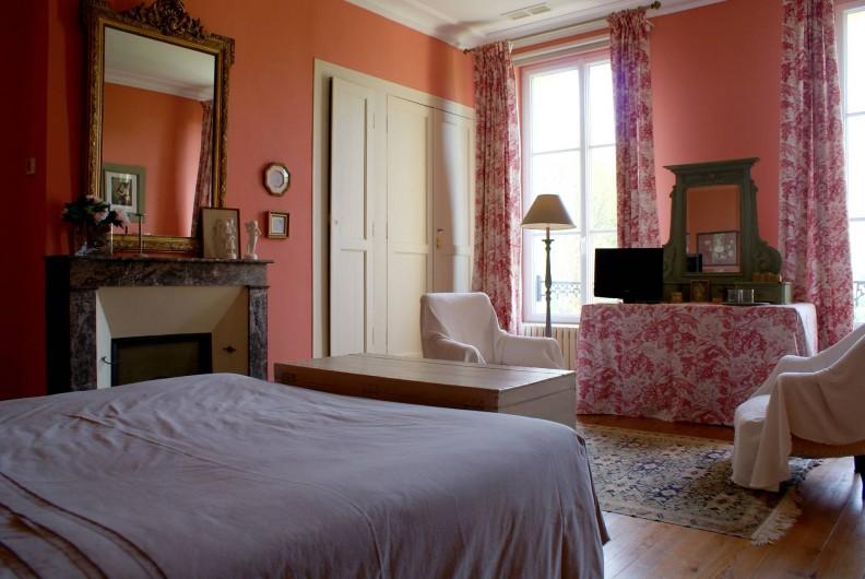 Location de vacances - Chambre d'hôtes à Saint-Léger - Chambre double, climatisée
