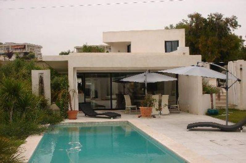 Villa Contemporaine Maison Blanche Sur Les Hauteurs De Nice Avec
