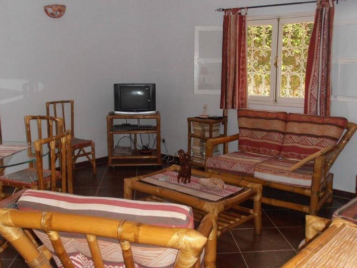 Location de vacances - Villa à Somone - confort dans une déco typiquement séné galaise