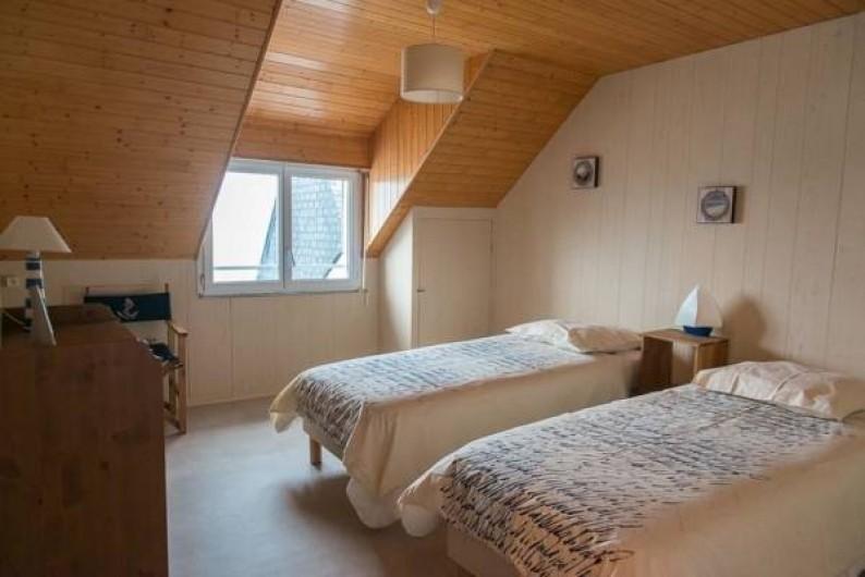 Location de vacances - Chambre d'hôtes à Guilvinec - Chambre Marine 2ème étage , vue splendide sur mer