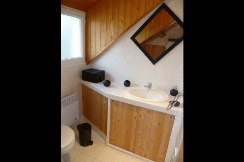 Location de vacances - Chambre d'hôtes à Guilvinec - Salle de douche/WC 2ème étage