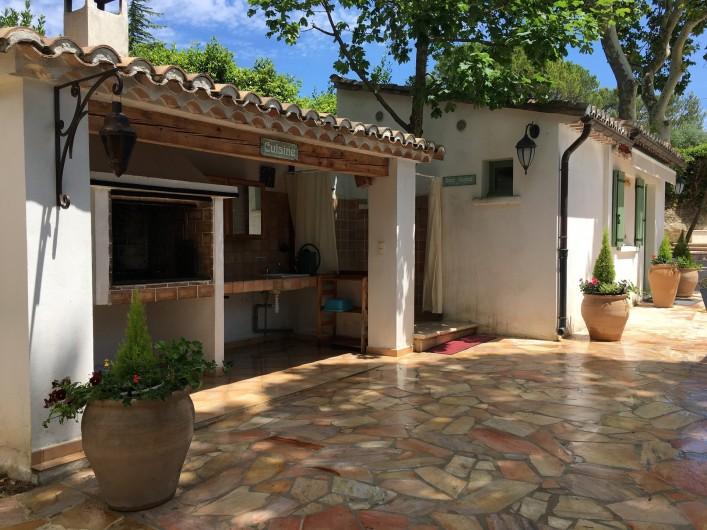 Location de vacances - Villa à Uzès - chambre 1 + bains wc 21 m²