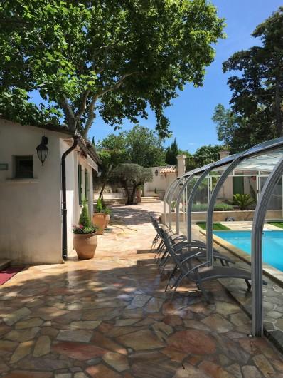 Location de vacances - Villa à Uzès - Studio piscine