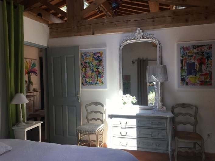 Location de vacances - Villa à Uzès - Chambre 1 sur terrasse avec bains et wc