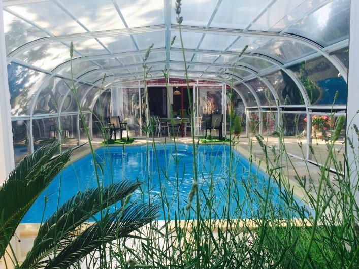 Location de vacances - Villa à Uzès - Piscine ouverte haute saison