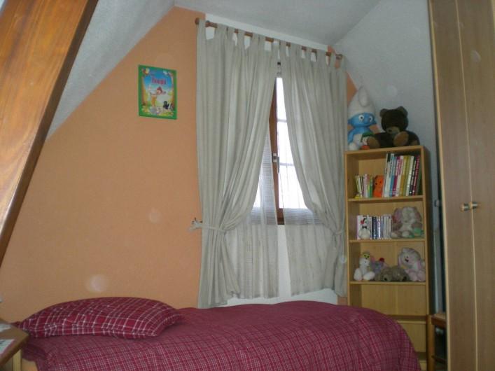 Location de vacances - Gîte à Nothalten - Chambre 2 avec deux lits séparés de 90 x 190