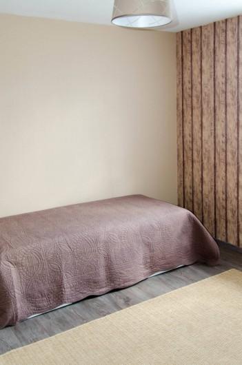 Location de vacances - Gîte à Huppy - Chambre adultes avec lits gigognes