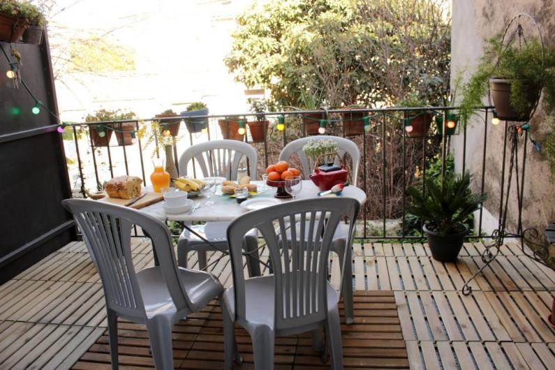 Location de vacances - Maison - Villa à Mèze - terrasse petit déjeuner