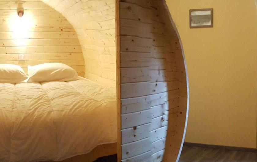 """Location de vacances - Gîte à Chassignelles - Dormez dans un lit """"Tonneau"""""""