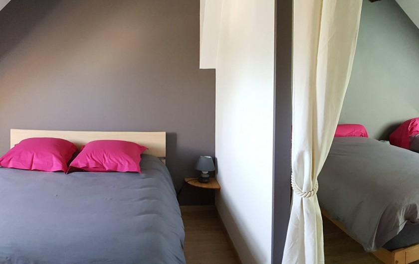 """Location de vacances - Gîte à Chassignelles - Chambre familiale """"Les Ecueillis"""""""