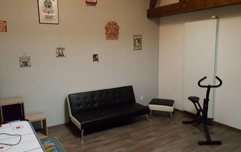 Location de vacances - Gîte à Chassignelles - Espace détente (bibliothèque, jeux...)