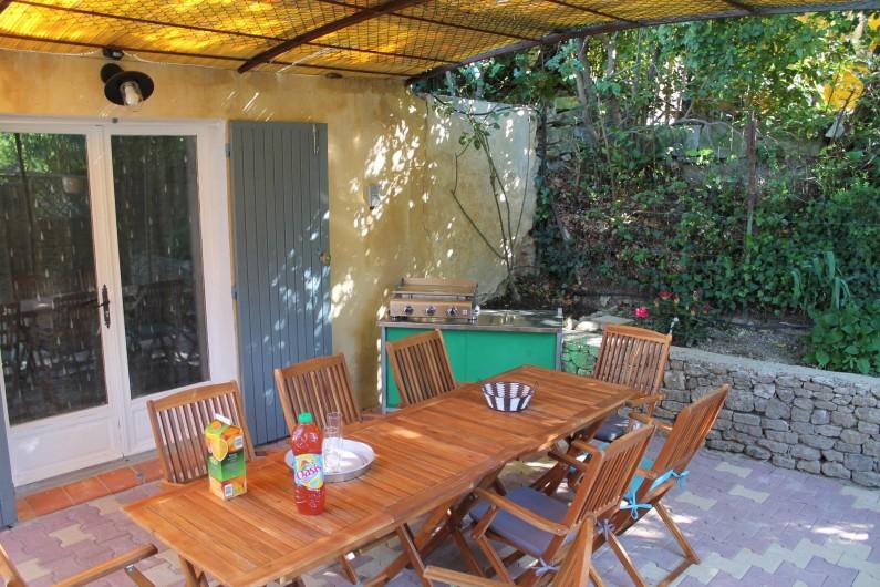 Location de vacances - Maison - Villa à Robion - A l'ombre des canisses