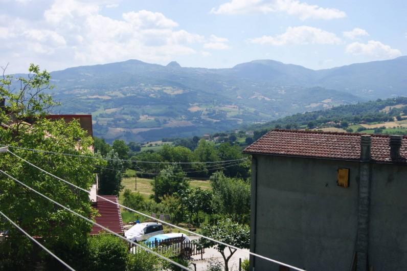 Location de vacances - Villa à Novafeltria - Vues de la terrase sur les collines