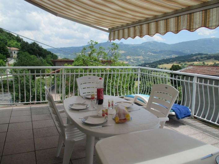Location de vacances - Villa à Novafeltria - Terrase de 40m² pour profiter du paysage et des étoiles