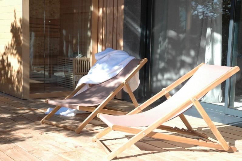 Location de vacances - Chambre d'hôtes à Nîmes - Sauna privatif dans chaque lodge