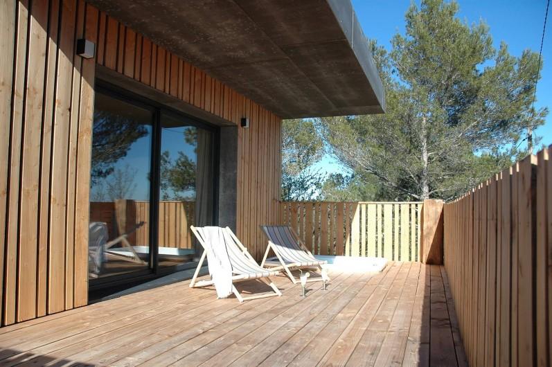 Location de vacances - Chambre d'hôtes à Nîmes - Terrasse Calme