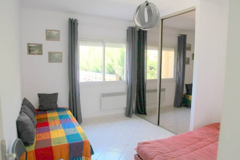 Location de vacances - Villa à Saint-Cyr-sur-Mer - Chambre 2