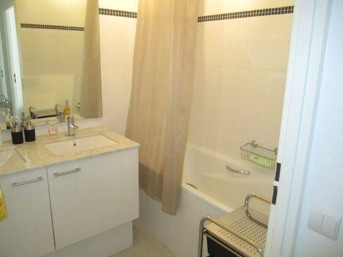 Location de vacances - Appartement à La Ciotat - Sale de bain