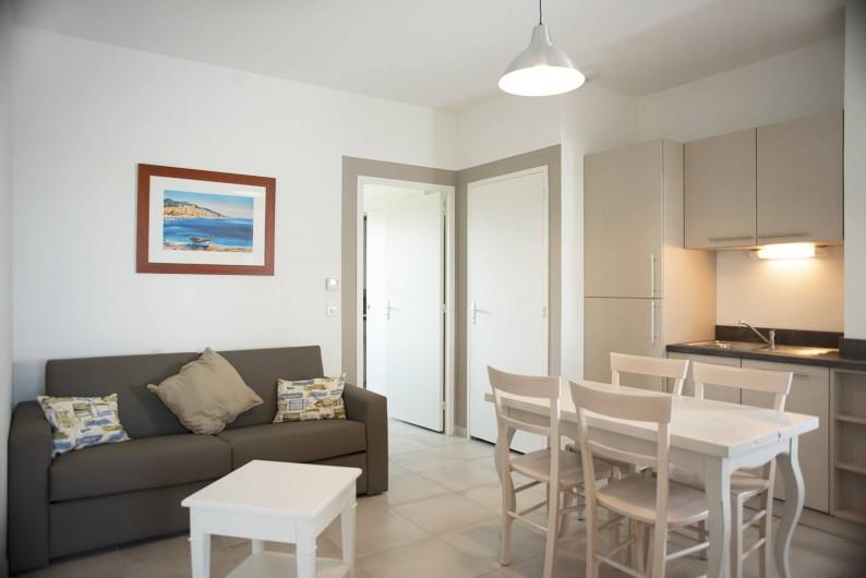 Location de vacances - Appartement à Martigues - Salon F appartement 4 Couchages