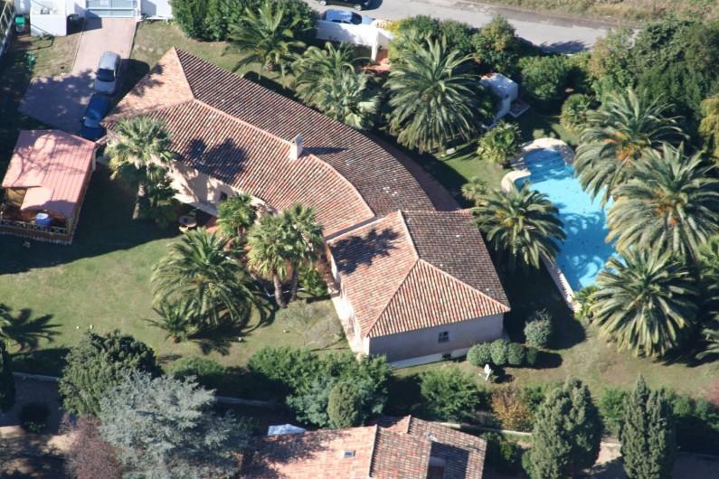Location de vacances - Villa à Saint-Tropez - Vue aérienne
