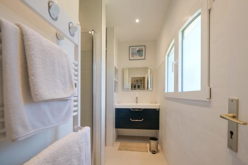 Location de vacances - Villa à Saint-Tropez - SdB