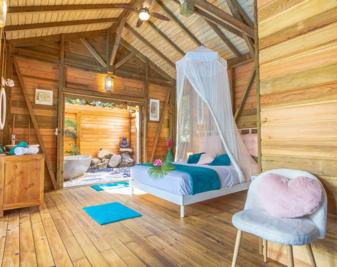 Location de vacances - Cabane dans les arbres à Deshaies - Chambre Jungle Lodge