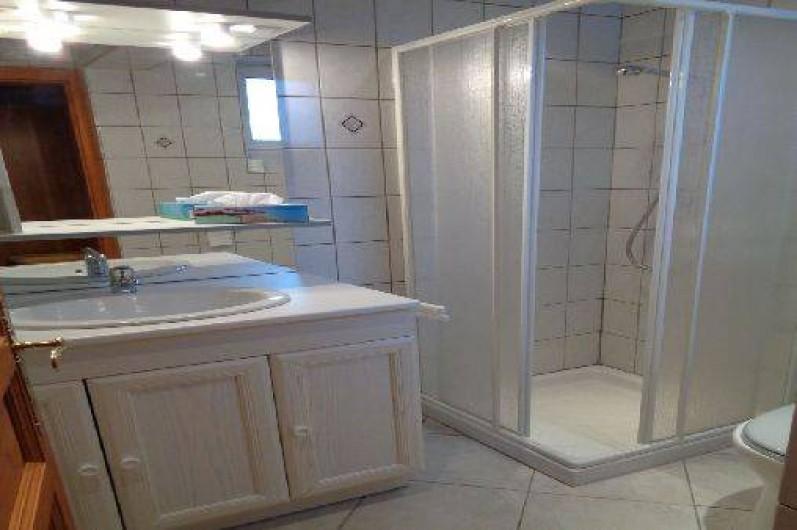 Location de vacances - Gîte à Ottrott - Salle de bain de la chambre 1