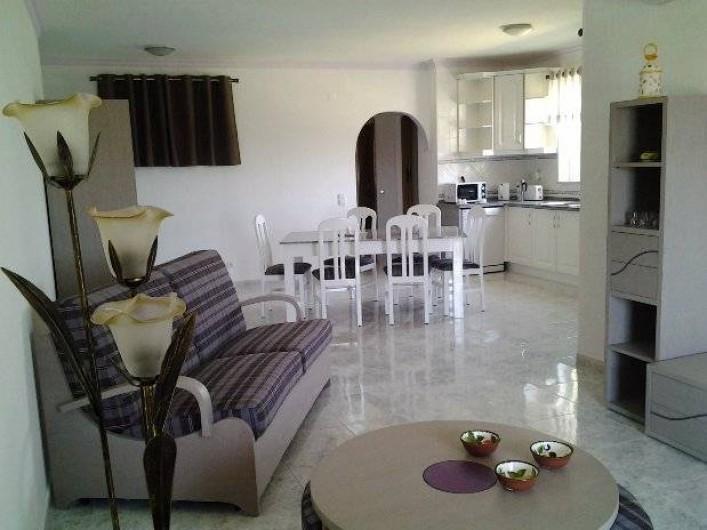 Location de vacances - Appartement à Armação de Pêra - Salon/salle à manger