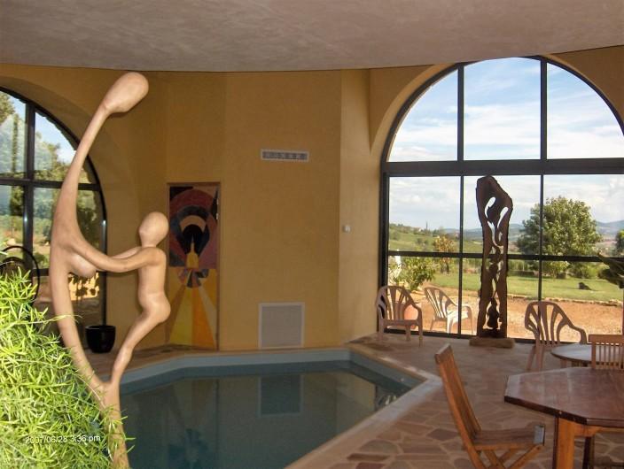 Location de vacances - Chambre d'hôtes à Saint-Laurent-d'Oingt - Notre piscine intérieure chauffée