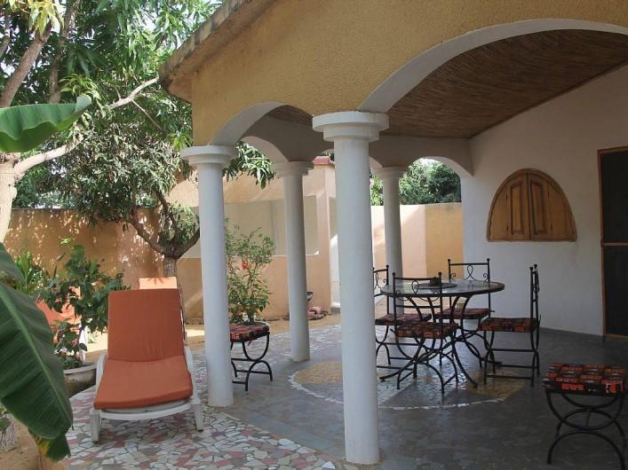 Location de vacances - Villa à Somone - Terrasse.