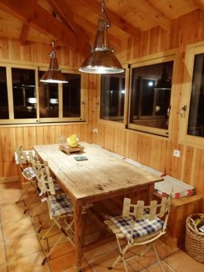 Location de vacances - Villa à Le Cap Ferret - Coin repas de la cuisine pour 8 personnes