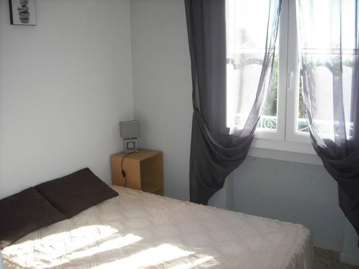 Location de vacances - Appartement à San-Giuliano - Chambre 1 lit double