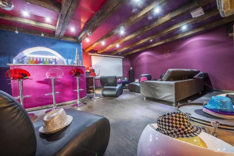 Location de vacances - Gîte à Saint-Loup-Lamairé - Salle de Projection Bar -Dancing privés