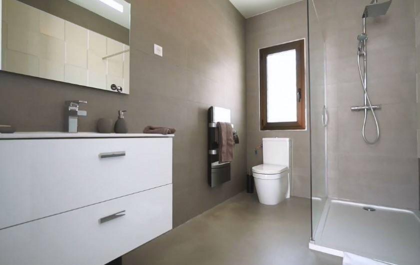 Location de vacances - Villa à Taglio-Isolaccio - Salle de bain