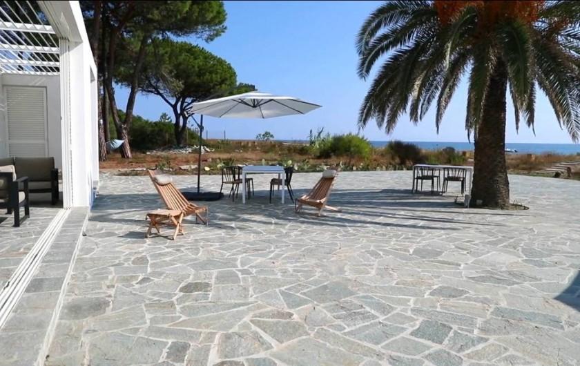 Location de vacances - Villa à Taglio-Isolaccio - Terrasse