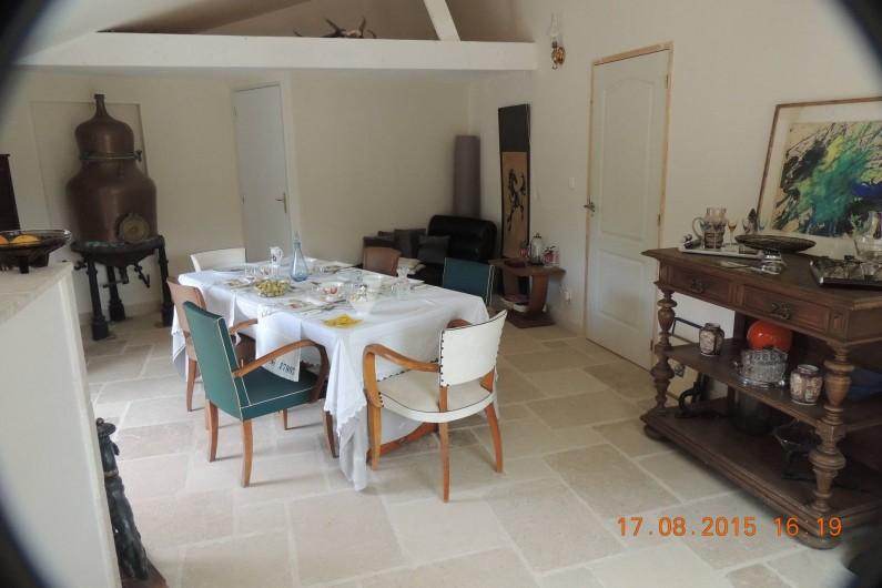 Location de vacances - Chambre d'hôtes à Grimault - Salle à manger d'été