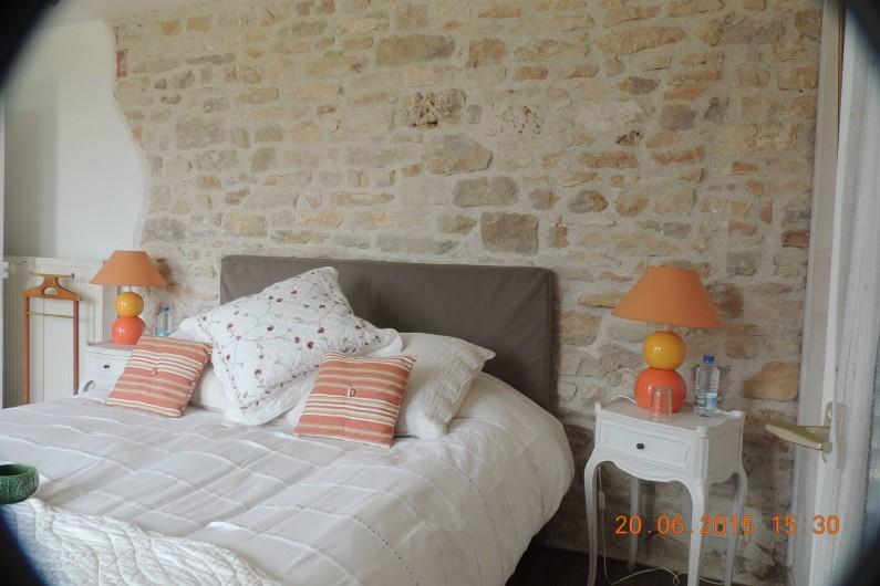 Location de vacances - Chambre d'hôtes à Grimault - La Chablisienne  85 euros/nuit/2 pers.