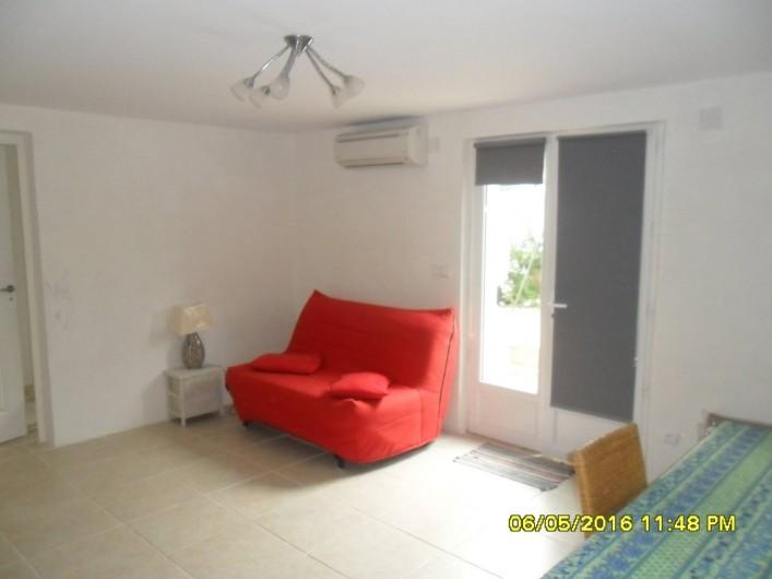 Location de vacances - Appartement à Sainte-Maxime - Entrée + BZ plié
