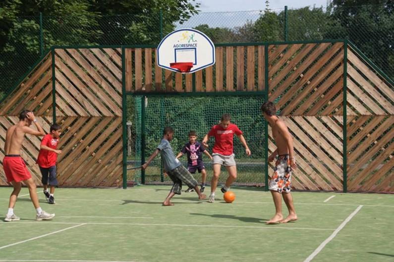 Location de vacances - Bungalow - Mobilhome à Thonon-les-Bains - Terrain multisport