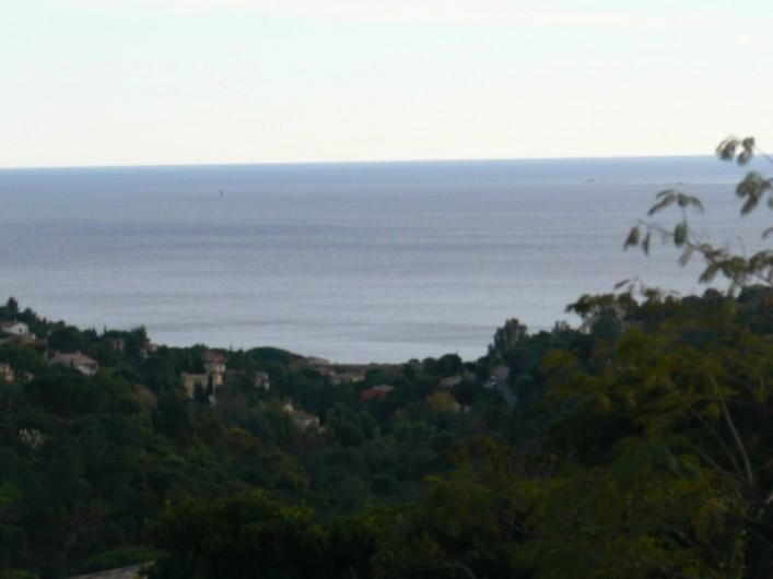 Location de vacances - Villa à Roquebrune-sur-Argens - Vue mer
