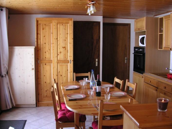 Location de vacances - Appartement à Manigod - la cuisine