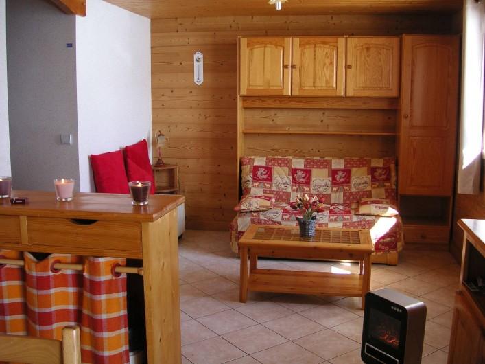 Location de vacances - Appartement à Manigod - le  salon