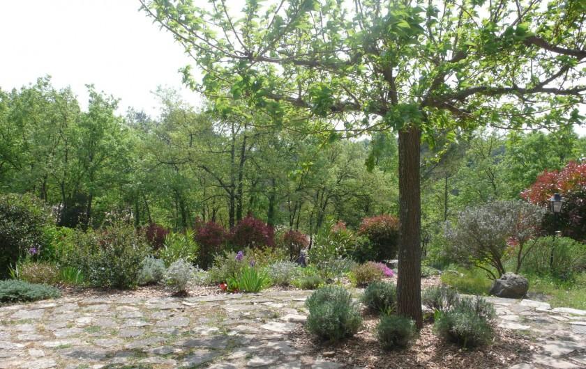Location de vacances - Mas à Bagnols-en-Forêt - Printemps...