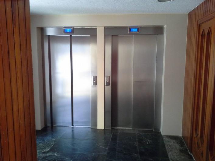 Location de vacances - Appartement à Calp - ascenseurs
