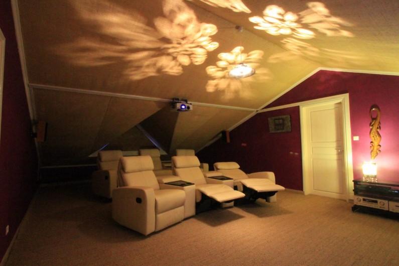 Location de vacances - Chambre d'hôtes à Saint-Leu - Le home cinema